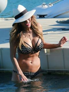 Nicole Scherzinger [760x1013] [170.42 kb]