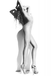 Abigail Clancy  nackt
