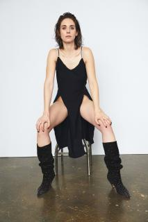 Alison Brie [1280x1920] [281.53 kb]