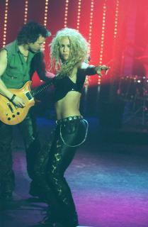 Shakira [1240x1890] [320.55 kb]