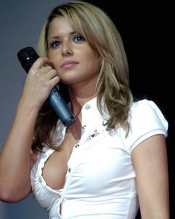 Cheryl Cole [800x998] [82.91 kb]