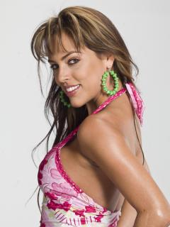 Sara Corrales [3000x4000] [937.65 kb]