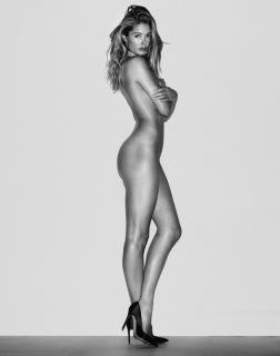 Doutzen Kroes en Vogue Desnuda [1000x1269] [113.2 kb]