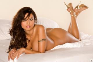Krystle Lina en Playboy Desnuda [1024x683] [108.4 kb]