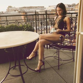 Jenna Dewan en Lenceria [1080x1080] [263.71 kb]