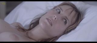 Natalia de Molina en Kiki El Amor Se Hace Desnuda [1600x718] [85.33 kb]