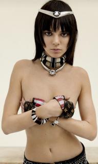 Kendall Jenner [623x1039] [92.38 kb]