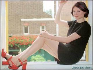 Sophie Ellis Bextor [512x384] [28.46 kb]