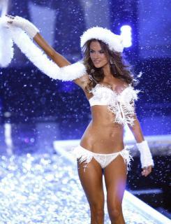 Victorias Secret Show 2006 [1200x1567] [279.44 kb]
