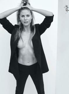 Heidi Klum Nuda [2398x3248] [523.08 kb]
