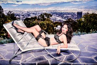 Megan Fox [3900x2600] [2843.56 kb]