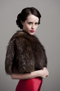 Claire Foy [466x700] [46.79 kb]