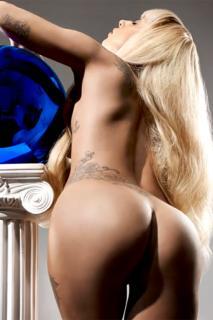 Lady Gaga [800x1200] [127.97 kb]