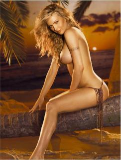 Willa Ford en Playboy [1275x1679] [206.83 kb]