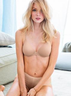 Lindsay Ellingson [800x1078] [84.31 kb]