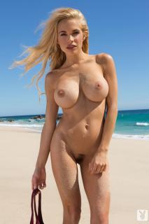 Dani Mathers en playboy desnuda [683x1024] [92.29 kb]