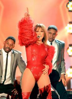 Jennifer Lopez [1344x1852] [294.2 kb]