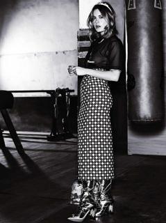 Camille Rowe en Glamour [986x1317] [257.16 kb]