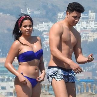 Gloria Camila Ortega en Bikini [1024x1024] [174.72 kb]