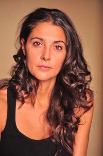 Almudena León [1992x3000] [1288.21 kb]