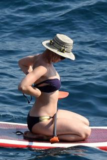 Katy Perry en Bikini [2200x3300] [776.61 kb]