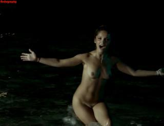 Lola Le Lann Desnuda [1220x940] [71.64 kb]