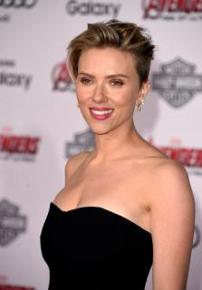 Scarlett Johansson [1600x2293] [285.73 kb]