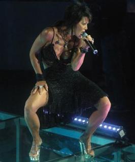 Alejandra Guzmán [331x398] [16.35 kb]