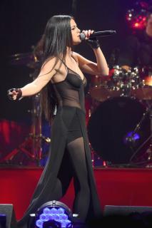 Selena Gomez [1065x1600] [253.21 kb]