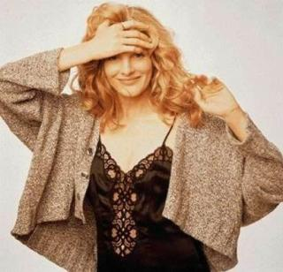 Rene Russo [409x394] [33.59 kb]