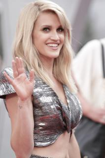 Ashley Roberts [1118x1677] [279.9 kb]