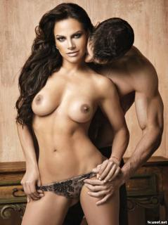Fabiola Campomanes en Playboy Desnuda [1142x1527] [212.09 kb]