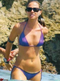 Federica Panicucci en Bikini [843x1131] [99.26 kb]