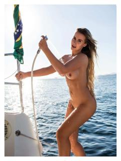Lola Melnick en Playboy Desnuda [1276x1689] [311.49 kb]