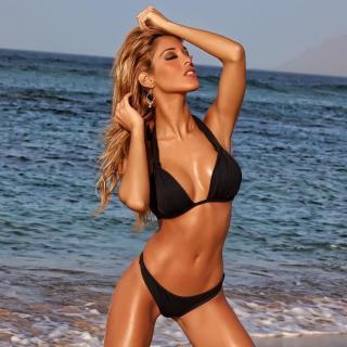 Oriana Marzoli en Bikini [1080x1080] [196.6 kb]