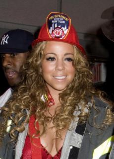 Mariah Carey [2162x3000] [650.49 kb]