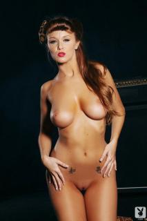 Leanna Decker en Playboy Desnuda [720x1080] [65.57 kb]