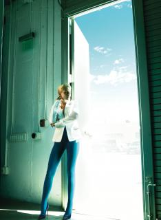 Kristen Stewart en V Magazine [2936x4013] [865.02 kb]