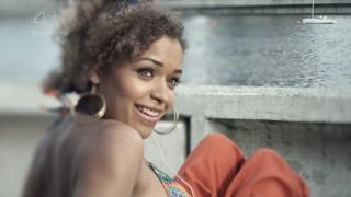 Antonia Thomas [1280x720] [67.32 kb]
