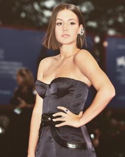 Adèle Exarchopoulos [1080x1350] [239.84 kb]