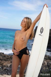 Kamila Joanna en Playboy Desnuda [1668x2500] [456.02 kb]