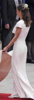 Pippa Middleton [564x1655] [80.53 kb]
