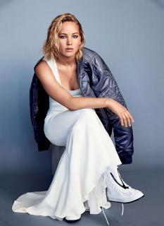 Jennifer Lawrence en Glamour [1600x2195] [384.68 kb]