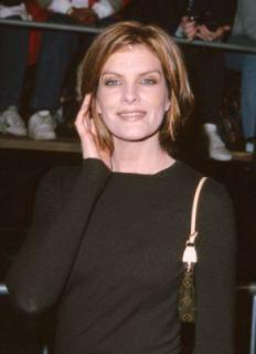 Rene Russo [291x400] [14.03 kb]