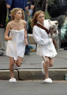 Mary-Kate y Ashley Olsen desnuda - Fotos y Vdeos