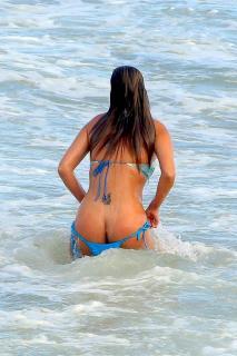 Liziane Gutierrez [800x1200] [228.29 kb]
