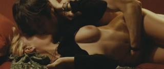 Miriam Giovanelli en Gli Sfiorati Desnuda [988x420] [25.88 kb]