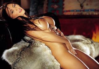 Aliya Wolf en Playboy [800x560] [76.1 kb]