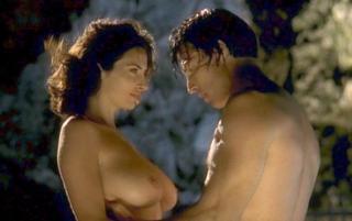 Sonia Aquino Nude [793x500] [39.86 kb]