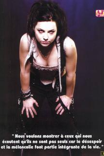 Amy Lee [700x1039] [94.39 kb]
